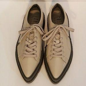 Puma Shoes - Puma Fenty NWOB Women s Pointy Creeper 0b5ebdd8fd99
